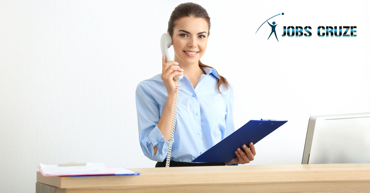 Top 10 Receptionist Skills to Put on Resume